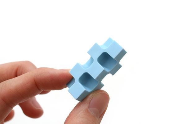 Kokuyo Kadokeshi 28-Corner Eraser - Small - Pack of 2 - Blue and Pink - KOKUYO KESHI-U750-3