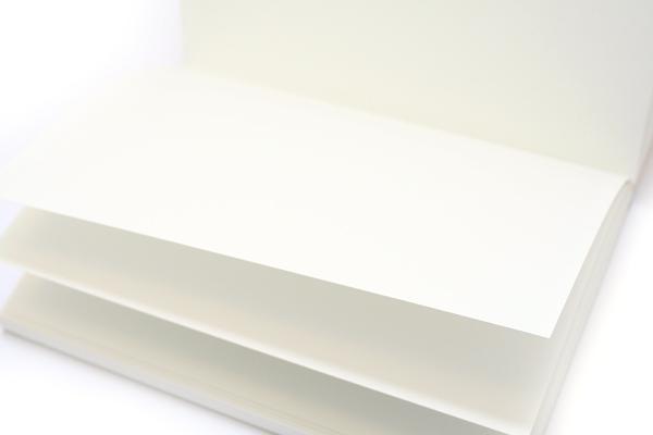 "Maruman New Soho Series Sketchbook - B5 (6.9"" X 9.8"") - 126.5g / sq m Paper - 70 Sheets - Bundle of 5 - MARUMAN SOHO101-04 BUNDLE"