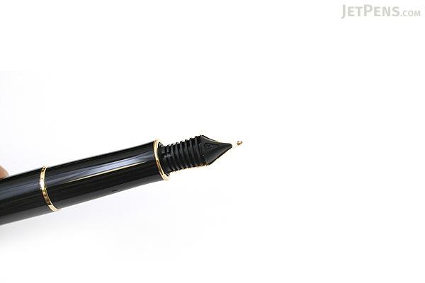 Parker Sonnet Fountain Pen - Black Lacquer - Gold Trim - Medium Nib - PARKER S0808710