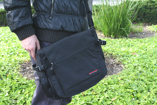 Nomadic WR-08 Wise-Walker A4 Shoulder Bag - Black - NOMADIC EWR 08 BLACK