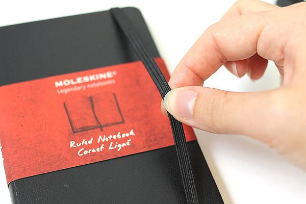 Moleskine Gift Box - Writing Set (1 Pocket Black Ruled Classic Hard Cover Notebook + 1 Classic Roller Pen) - MOLESKINE 978-88-6613-012-3