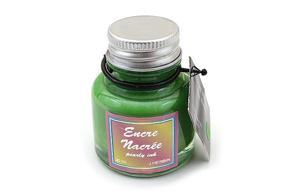 J. Herbin Dip Pen Pearlescent Ink - 30 ml Bottle - Apple Green - J. HERBIN H132/34