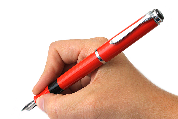 Pelikan M205 Traditional Fountain Pen - Piston Filler - Fine Nib - Red Body - PELIKAN 977025