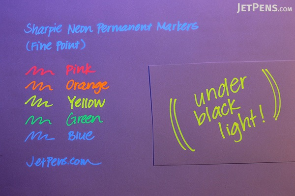 Sharpie Neon Permanent Marker - Fine Point - Green - SHARPIE 1860447