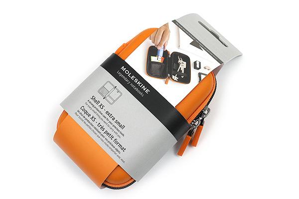 Moleskine Travelling Collection Shell Case - XS - Orange - MOLESKINE 978-88-6613-390-2