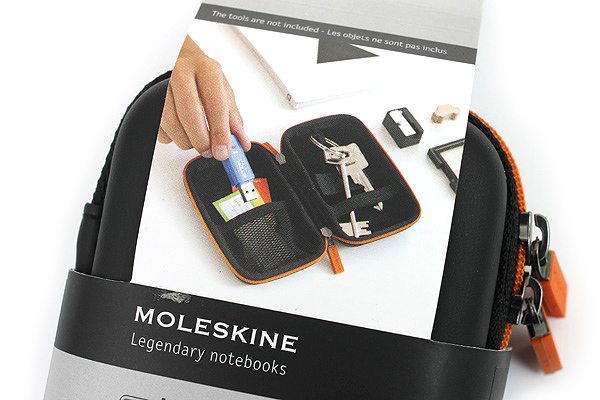 Moleskine Travelling Collection Shell Case - XS - Black - MOLESKINE 978-88-6613-272-1
