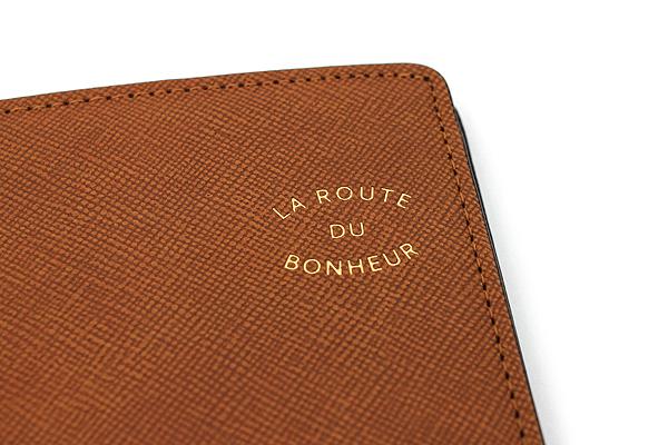 Invite.L La Route Du Bonheur Passport Cover - Camel - IL PC-CAMEL