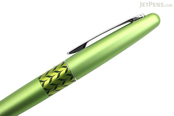 Pilot Metropolitan Retro Pop Fountain Pen - Green Marble - Medium Nib - PILOT MPFB1BLKMGRN