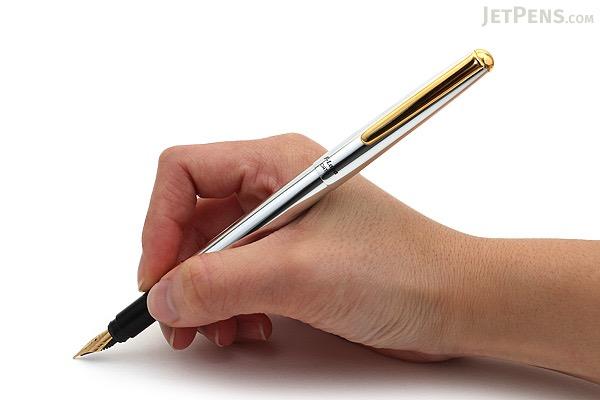 Ohto F-Lapa Fountain Pen- Silver Body - Fine Nib - OHTO FF-10NB-SV