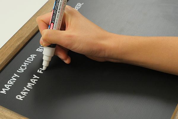 Sharpie® Permanent Paint Marker, Extra Fine Point, Metallic Gold