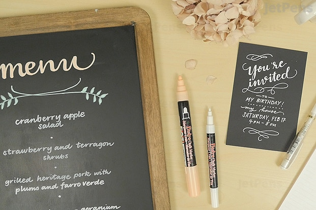 Marvy Uchida Bistro Chalk Marker Fine Point White